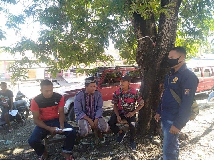 Sambangi Warga Dusun Welamosa I, Bripka Konstantinus Ajak Warga Patuhi Protokol Kesehatan