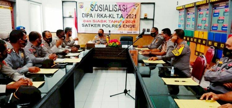 Kapolres Ende Pimpin Sosialisasi dan Penyerahan Dipa RKA-KL Serta Penandatanganan Pakta Integritas TA.2021