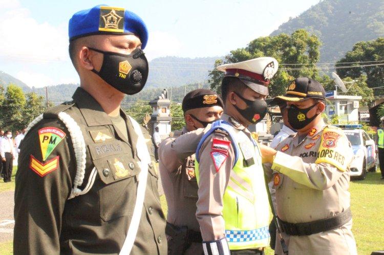 Jelang Idul Fitri 1442 H, Kapolres Ende Pimpin Apel Gelar Pasukan Operasi Keselamatan Ranakah 2021