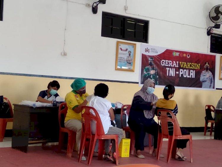 Polres Ende Gelar Gerai Vaksinasi TNI-Polri Tahap II