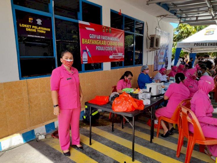 Bhayangkari Cabang Ende Buka Gebyar Vaksin Merdeka Peduli Covid-19 Bagi Kelurga Besar Polri