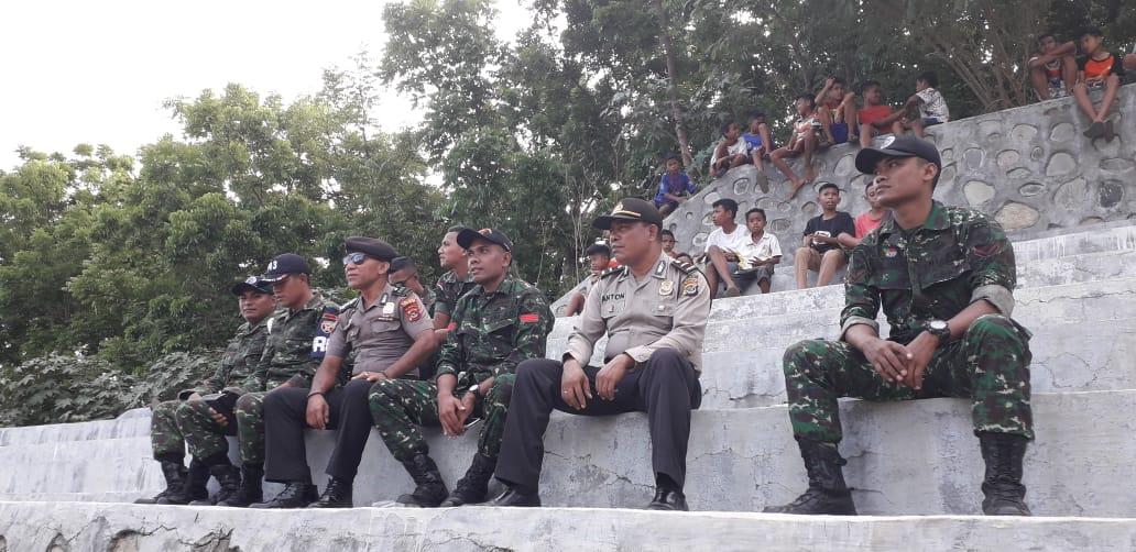Polisi dan TNI Bersinergi Jaga Keamanan Turnamen Kejuaraan Sepak Bola Muthmainnah Cup Ke 9 Tahun 2019
