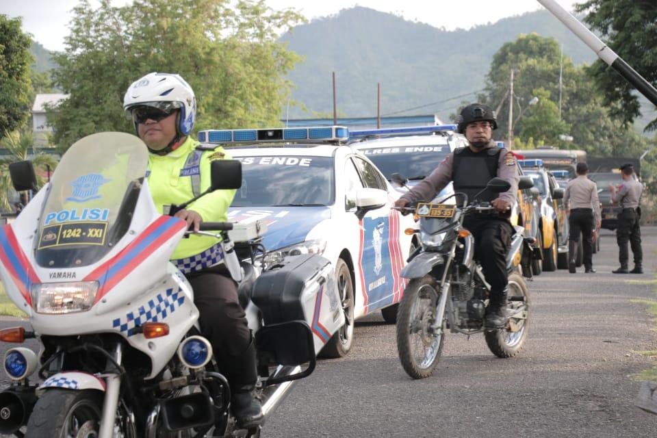 Jelang Malam Pergantian Tahun TNI POLRI Bersama Instansi Terkait Gelar Patroli Show Of Force